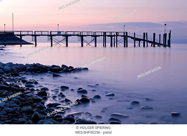 Germany, Lake Constance, Haltnau, Landing stage at dawn