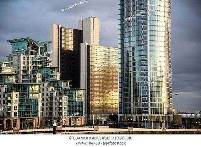 St George's Wharf and St George Tower, luxury residential developments, Vauxhall, London, UK