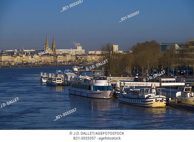 France, Nouvelle Aquitaine, Gironde, the Garonne river at Bordeaux