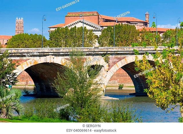 The Pont Neuf in Toulouse in a sunny day