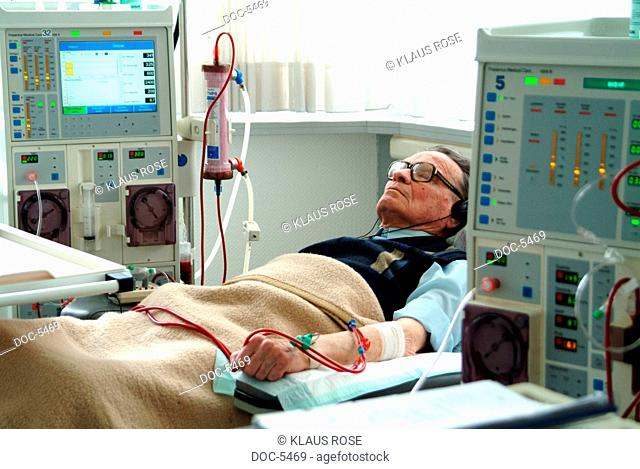 DEU, Germany, Iserlohn: Patients with nursing staff during a detoxification of the blood in a dialysis practice