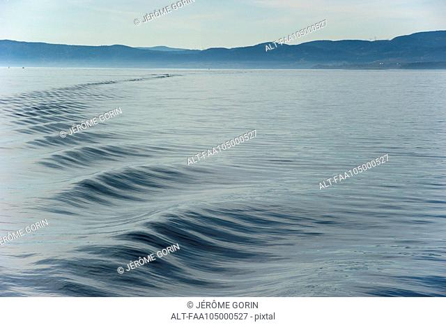 Rippled wake on water