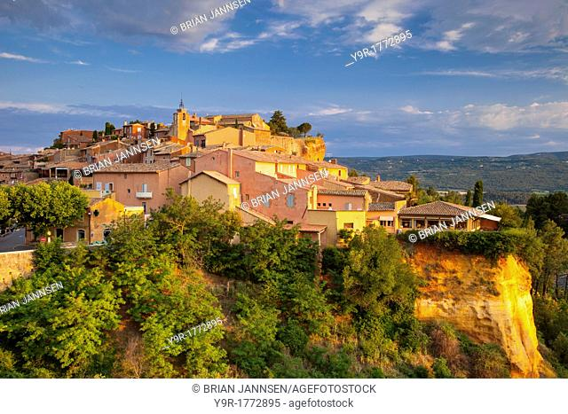 Sunrise view over hilltop town of Roussillon in the Luberon, Provence France