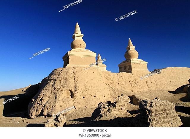Inner Ejinaqi Black Castle Ruins