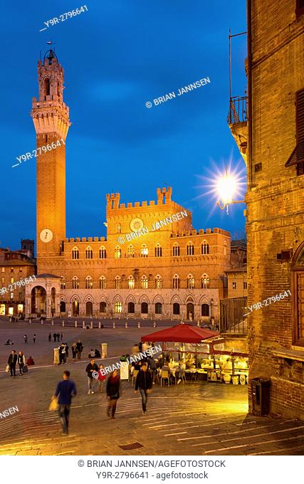 Twilight over Torre del Mangia and Piazza del Campo, Siena, Tuscany, Italy