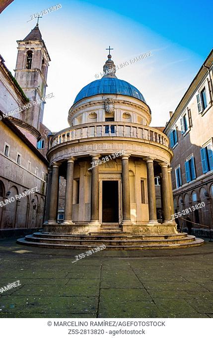 San Pietro in Montorio church, in its courtyard the Tempietto, a small commemorative martyrium built by Donato Bramante. Rome, Lazio, Italy, Europe