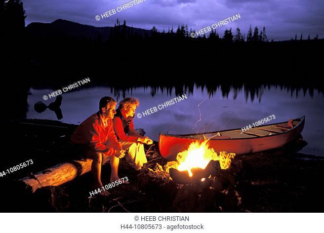 Bend, Campfire, couple, , camping, trekking, hiking, lake, Sparks Lake, Oregon, USA, America, United S