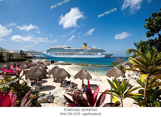 Beach at Park Royal Hotel, Isla de Cozumel Cozumel Island, Cozumel, off the Yucatan, Quintana Roo, Mexico, North America