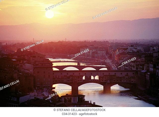 Ponte Vecchio and Arno River, Florence. Tuscany, Italy