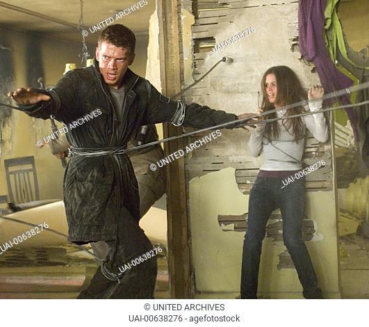 Jumper / David (HAYDEN CHRISTENSEN) und Millie (RACHEL BILSON) im Kampf gegen die Paladine Regie: Doug Liman aka. Jumper / JUMPER USA 2008