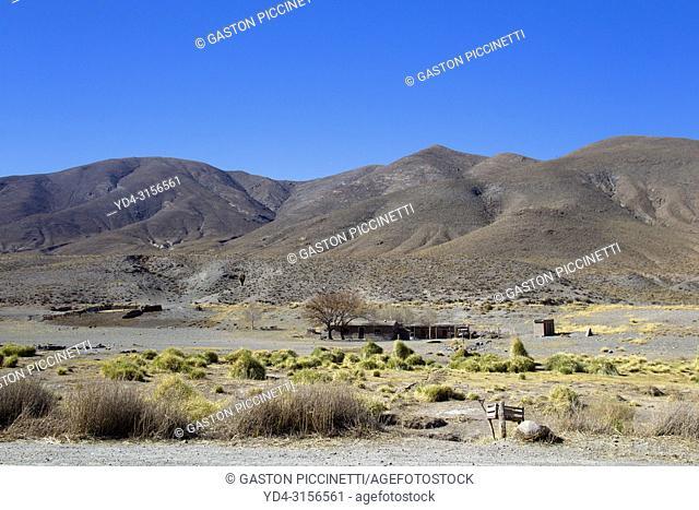 Adobe house in La Puna, National Route 51, La Puna, Salta, North West, Argentina . This route go to San Antonio de los Cobres