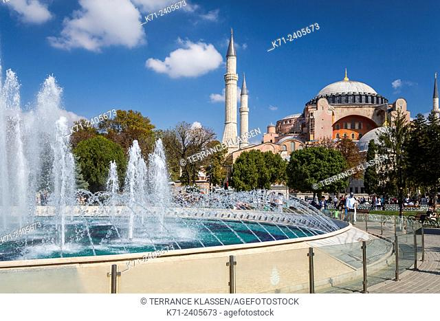 The Hagia Sophia Museum and decorative water fountains in Sultanahmet, Istanbul, Turkey, Eurasia