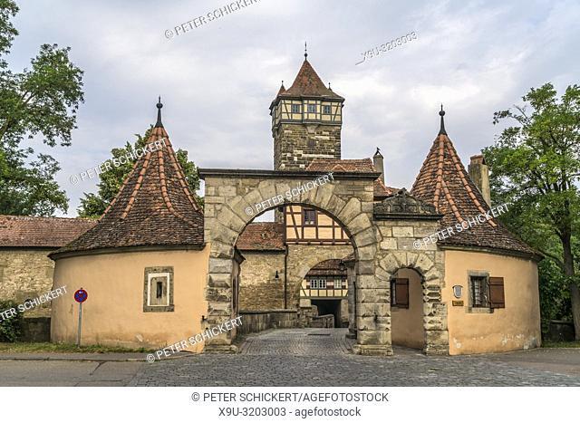 Das Rödertor in Rothenburg ob der Tauber, Bayern, Deutschland | Röder Gate, Rothenburg ob der Tauber, Bavaria, Germany