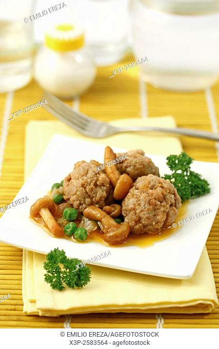 Meatballs with mushrooms