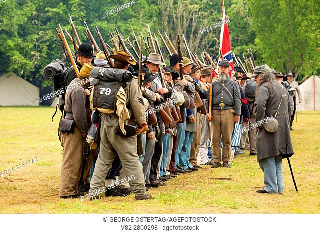 Confederate soldiers, Civil War Reenactment, Willamette Mission State Park, Oregon