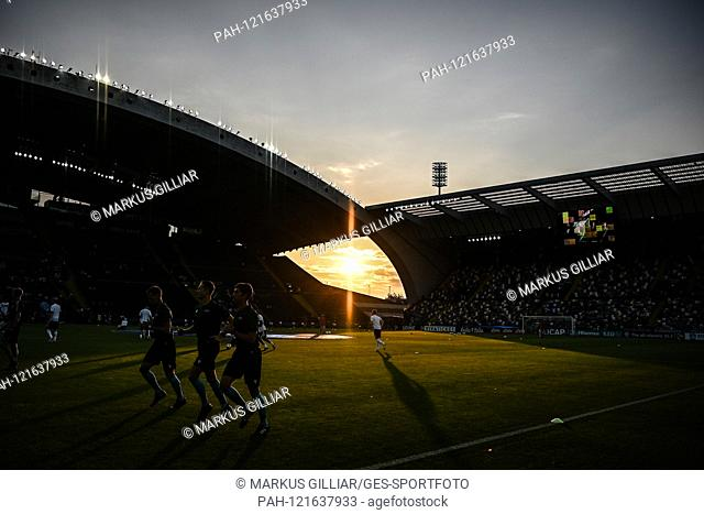 Feature, decorative image: Abensstimmung, Sunset in the Dacia Arena. GES / Football / U21 Euro: Austria -Germany, 23.06.2019 Football / Soccer: Euro Under 21:...