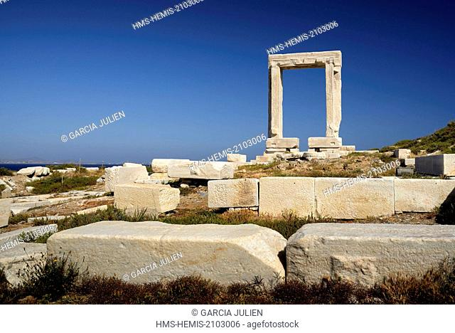 Greece, Cyclades, Naxos island, doorway of the ruins of the Temple of Apollo, Chora (Hora)
