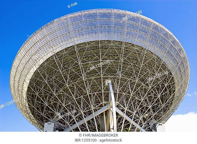 Effelsberg radio telescope, North Rhine-Westphalia, Germany, Europe