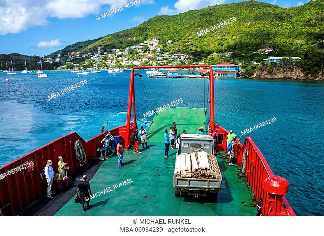 Ferry anchoring in the harbour of Port Elizabeth, Admirality bay, Bequia, St. Vincent and the Grenadines, Carribean