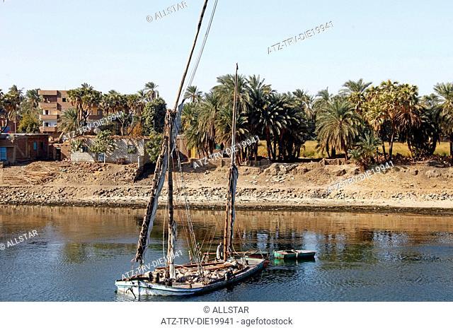 GOODS FELUCCA & PALM TREES; RIVER NILE, EGYPT; 09/01/2013