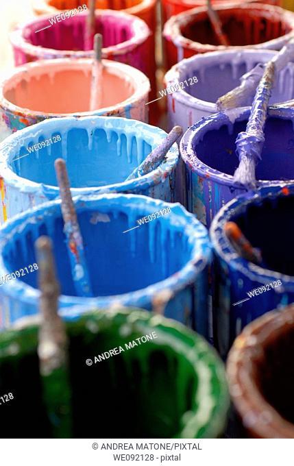 Colour Cans