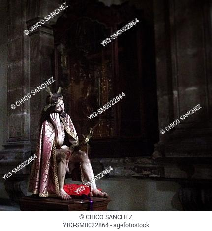 A sculpture of Jesus Christ of Pacience (Señor de la Paciencia) is displayed in a church in Mexico