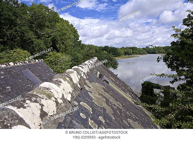 Cape Coz, the house of marshes and its environment, its hiking trails. Finistere Brittany France