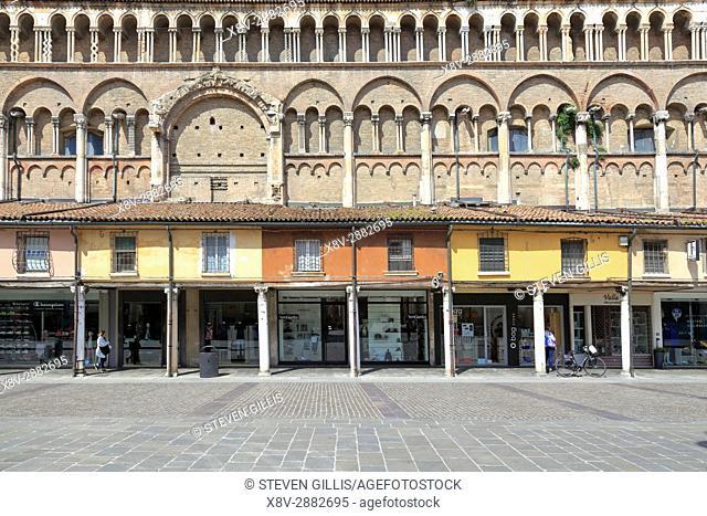 Loggia of the Merchants along the side of Ferrara Duomo, Piazza Trento Trieste, Ferrara, Emilia-Romagna, Italy, Europe