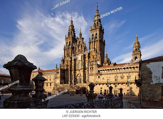 Cathedral of Santiago de Compostela, Plaza Obradoiro, Camino Frances, Way of St. James, Camino de Santiago, pilgrims way, UNESCO World Heritage Site