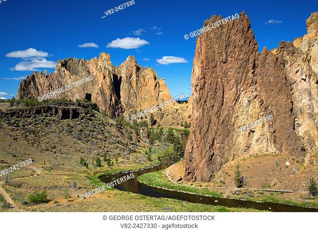 Cliffs at Smith Rocks with Crooked River, Smith Rock State Park, Oregon