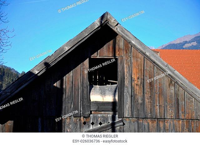 farm buildings,farm,farming,cottage,log cabin,window,hatch