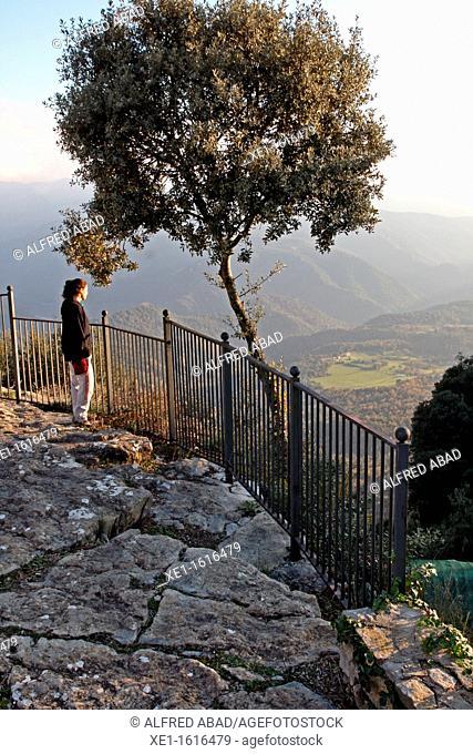 viewer, Collsacabra mountains, Tavertet, Catalonia, Spain