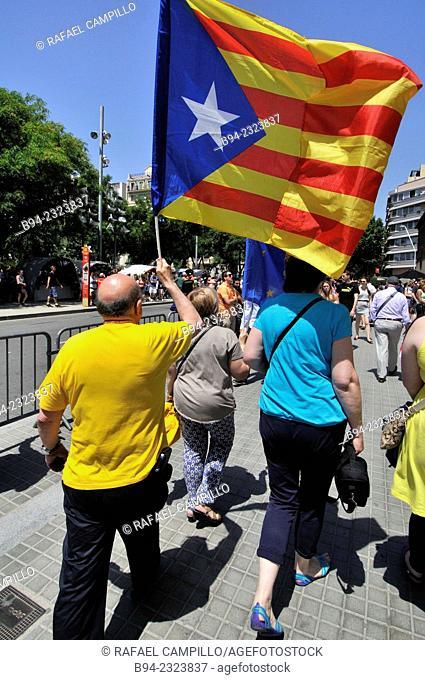 Political demonstration for the independence of Catalonia, 2014, Sagrada Familia Temple area. Barcelona, Catalonia, Spain