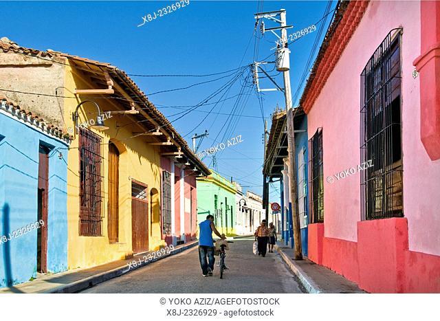 cuba, camaguey, centre city, daily life
