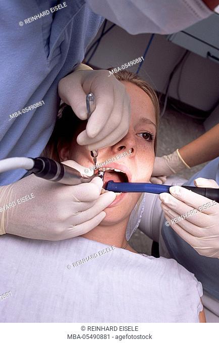 Examination at the dentist