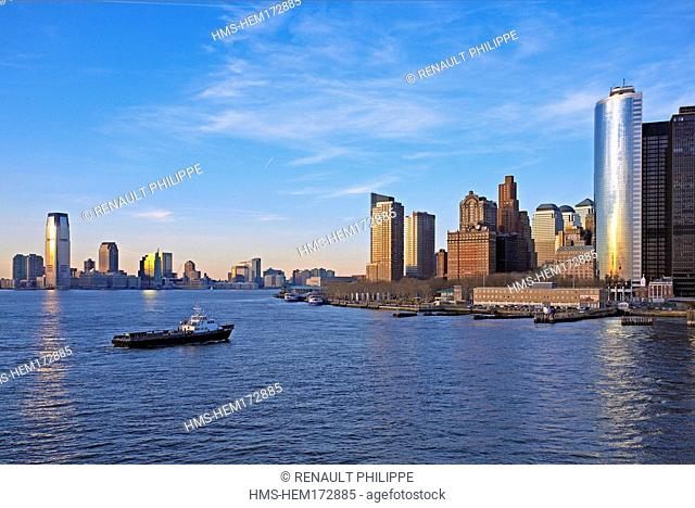 United States, New York City, Manhattan, view from the Hudson River of Lower Manhattan, on the left the new towers of Jersey City