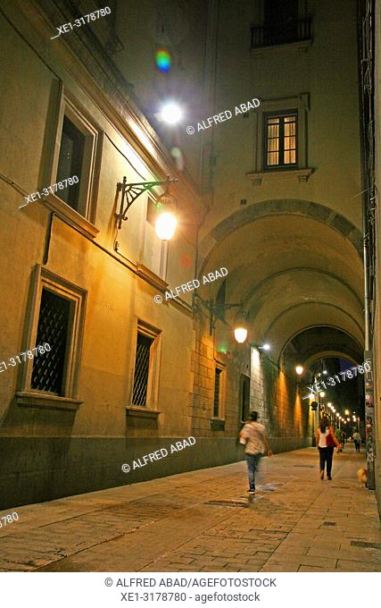 Passage of the Mercè at sunset, Gothic quarter, Barcelona, Catalonia, Spain