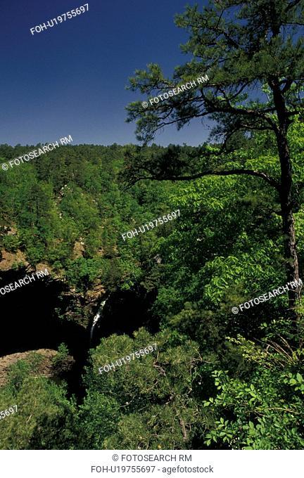 AR, Morrilton, Arkansas, Cedar Falls in Cedar Creek Canyon at Petit Jean State Park in Morrilton