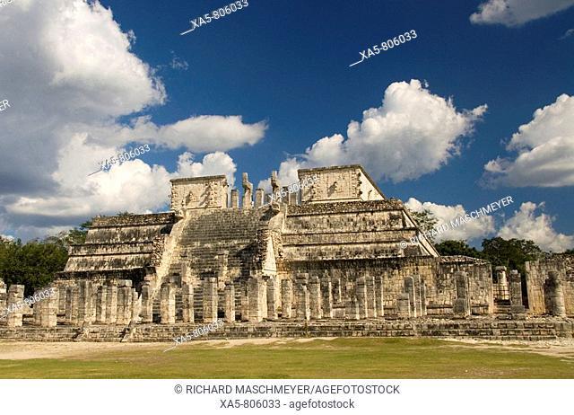 Mexico, Yucatan, Chichen Itza, Temple of the Warriors