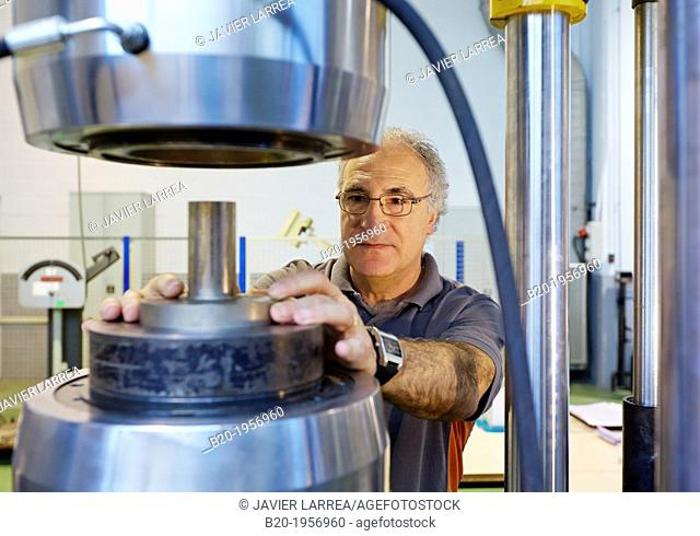 Compression test. Mechanical Testing Laboratory. Technological Services to Industry. Tecnalia Research & Innovation, Donostia, San Sebastian, Gipuzkoa
