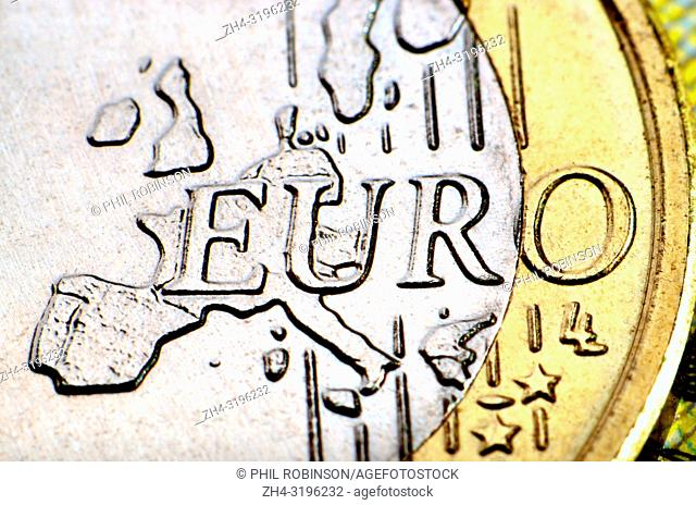 1 Euro coin on a 10 Euro note