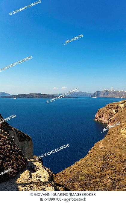 Santorini Caldera, seen from Akrotiri, Santorini, Cyclades Islands, Greece