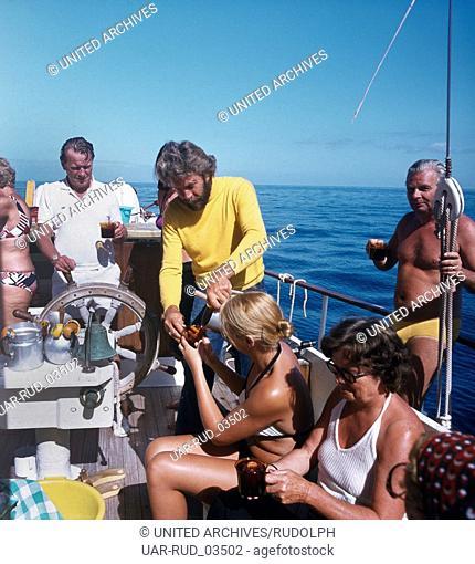 Ein Bootsausflug auf Teneriffa, Kanarische Inseln 1975. A boat trip on the island of Tenerife, Canary Islands 1975