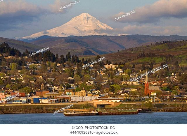The Dalles, Oregon, USA, United States, America, Columbia River, water, river, Columbia River, Gorge, town, city, mountain, peak, volcano, vulcan, tourist