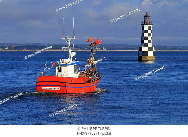 France, Brittany, Finistere. Tudy island. Lighthouse