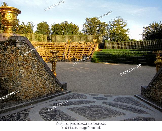 Versailles, France, Urban Park Scenes, Jardin de Chateau de Versailes , Salle de Bal, Square