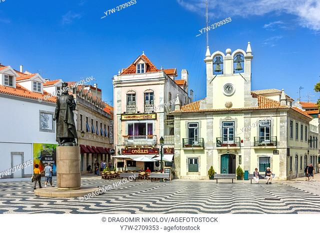 View of the historical city center with Edificio do Relogio and monument of the King Pedro I, in Cascais, Portugal on September 29, 2015