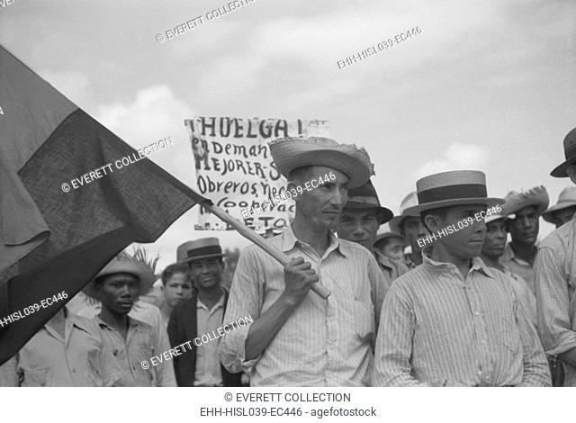 Puerto Rican strikers picketing near the sugar mill where they worked. Yabucoa Municipality, Jan. 1942. - (BSLOC-2015-1-169)
