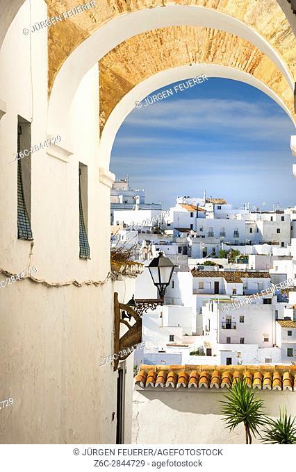 Entrance to the Judería under the Arcos de la Monjas, Vejer de la Frontera, White Towns of Andalusia, Pueblos Blancos, province of Cádiz, Spain