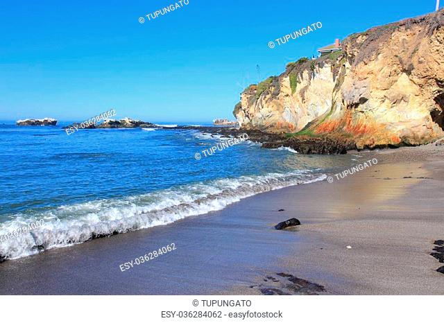 California, United States - Pacific coast view. Pismo Beach (San Luis Obispo county)